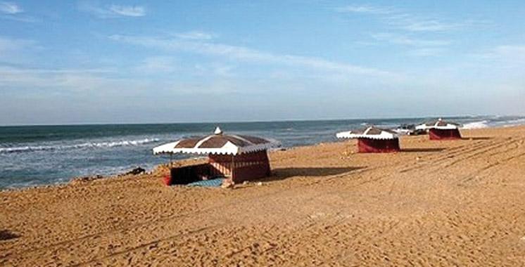 Saison estivale à Laâyoune: Grand rush sur la plage de Foum El Oued