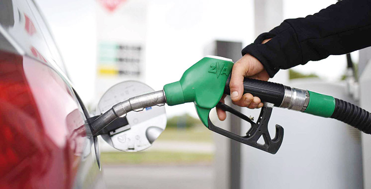 Carburant : La hausse de la TVA supprimée