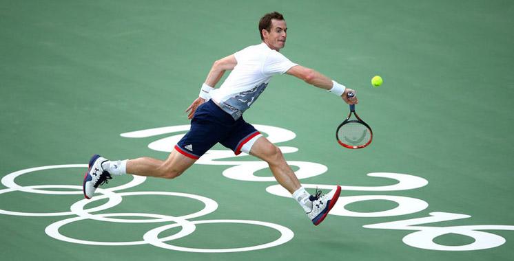 Tennis: Le britannique Andy Murray termine au sommet de la hiérarchie mondiale