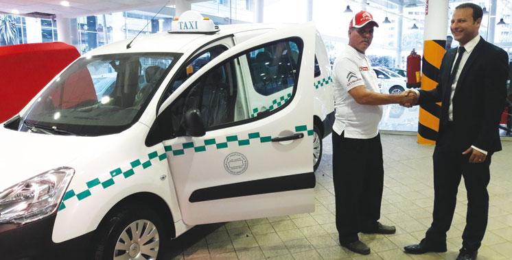 Grand taxi: 1.000 Citroën Berlingo font le tour  de tout le Royaume