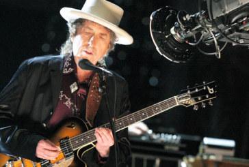 Bob Dylan n'assistera pas à la cérémonie des prix Nobel à Stockholm
