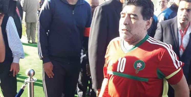 Match de gala à Laâyoune: Les stars internationales célèbrent la Marche Verte