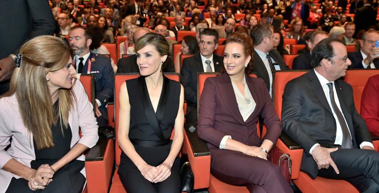 Paris : SAR la Princesse Lalla Salma assiste au Congrès mondial contre le cancer