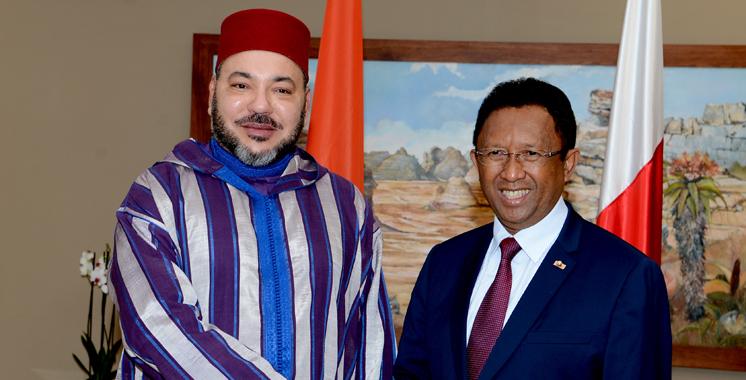 SM le Roi et le président malgache président la cérémonie de signature de vingt-deux accords de coopération