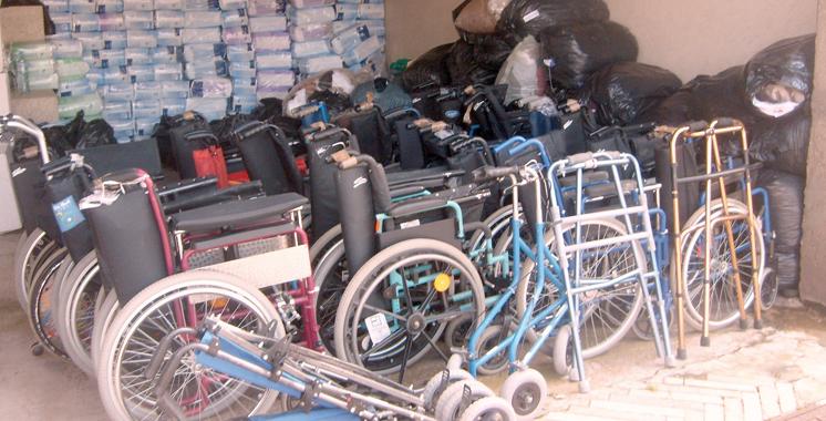 Région Drâa-Tafilalet: 350 personnes à besoins spécifiques ont bénéficié des chaises roulantes en 2016