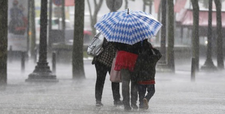 Vent fort, averses et neige prévus dans plusieurs régions du Royaume
