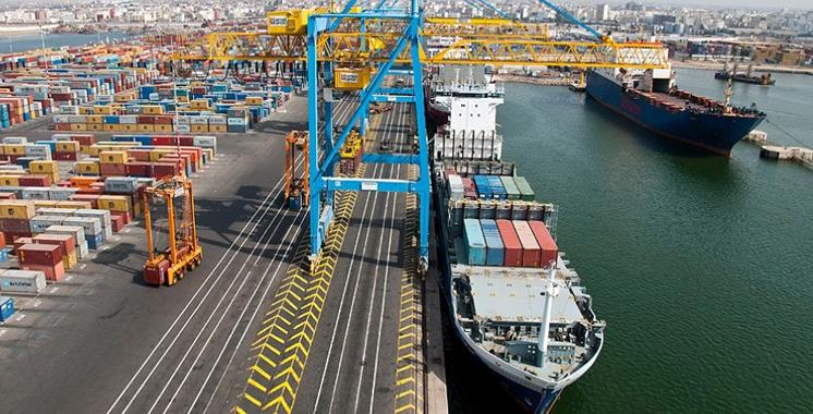 Les manifestes export et les déclarations des droits de port sur marchandises se dématérialisent