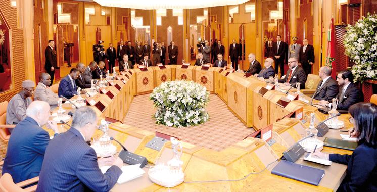 Gazoduc reliant le Maroc au Nigeria : Le Souverain préside une réunion de travail