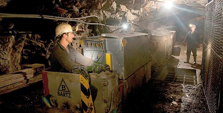 Région Drâa-Tafilalet : Plus de 2.900 autorisations délivrées aux artisans mineurs