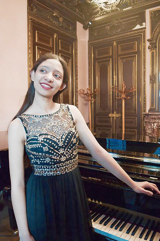 nour-ayadi-piano