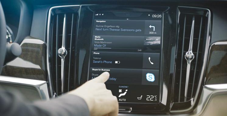 Volvo-Skype: Utiliser le téléphone et conduire serait possible