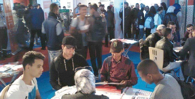 Laâyoune : Plus de 75 exposants au forum de l'étudiant