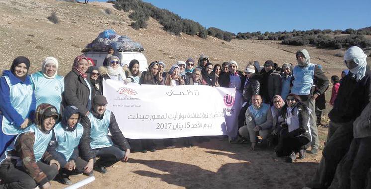 Vague de froid / Midelt : L'Association marocaine des mamans solidaires au chevet des démunis
