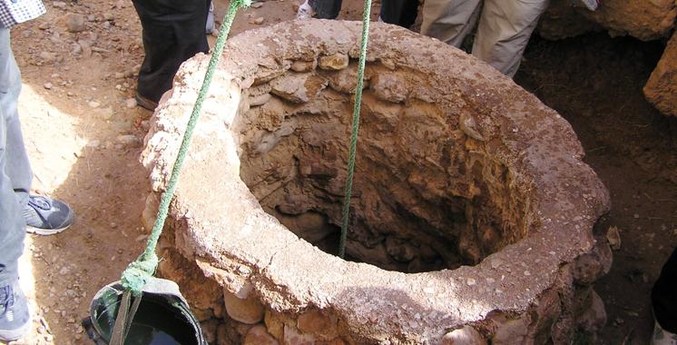 Sidi Slimane: Un septuagénaire découvert égorgé dans un puits