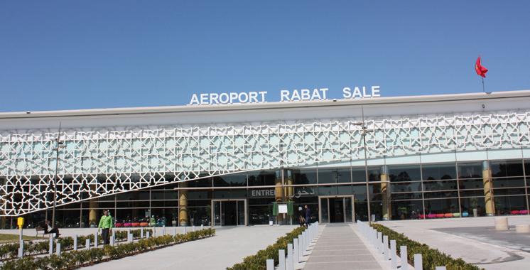 Aéroport de Rabat-Salé: Arrestation de deux étrangers soupçonnés de tentative de trafic de cigarettes de contrebande