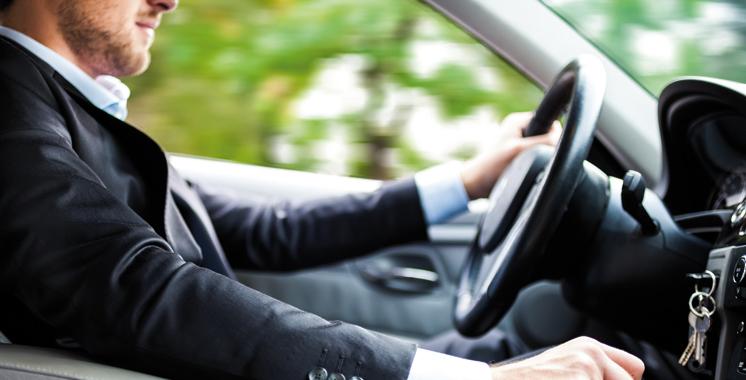 Zoom sur les indicateurs comportementaux: Pourquoi nos automobilistes conduisent aussi mal