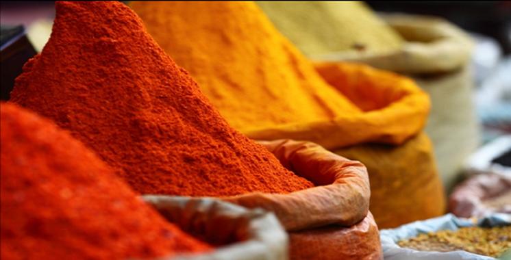 Béni Mellal : Plus de 5 tonnes  de piment rouge en poudre  saisies dans un dépôt clandestin