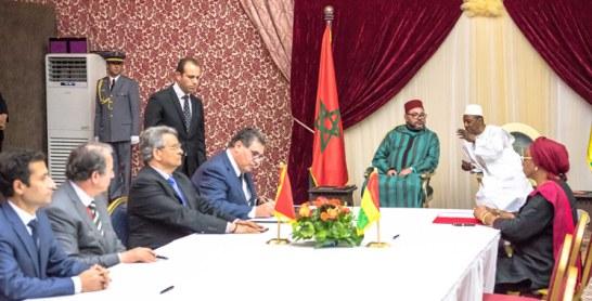 Tournée Royale en Afrique : Huit accords de coopération entre le Maroc et la Guinée
