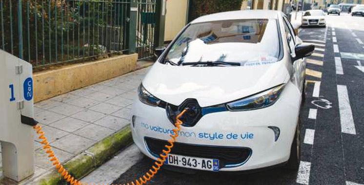 La France franchit la ligne des 100.000 voitures électriques