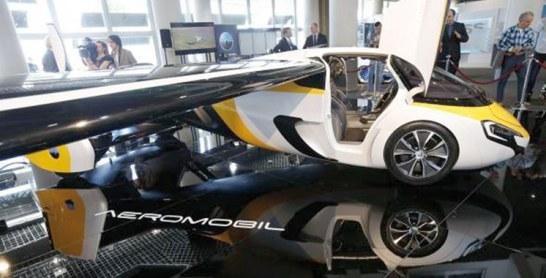 Insolite: Néerlandaise ou slovaque, la voiture volante s'affiche à Monaco