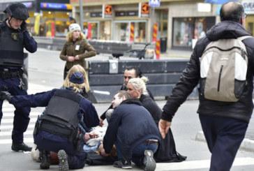 Suède : une camionnette fonce dans la foule dans le centre de Stockholm