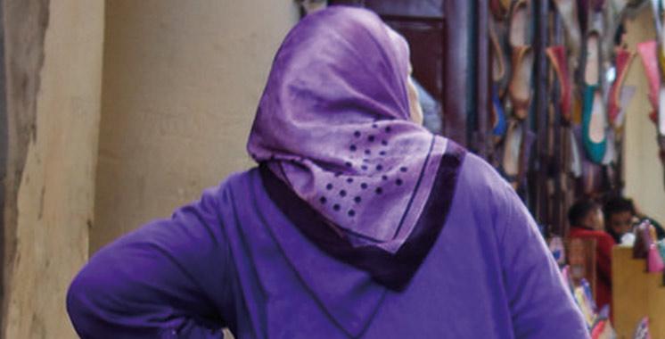 Meknès : Doutant de sa femme, il l'aveugle