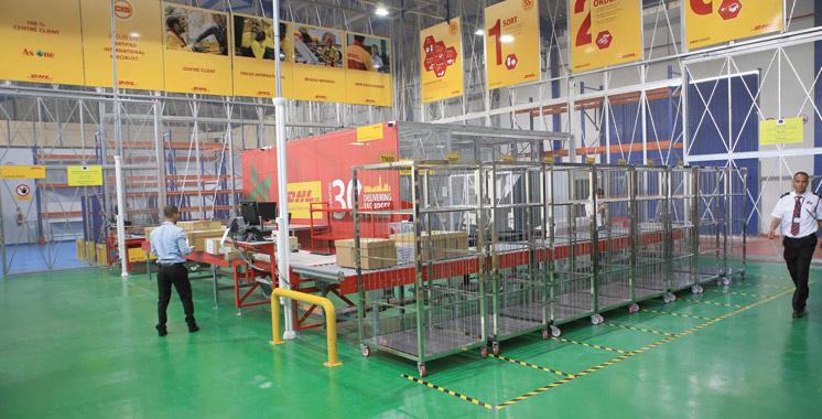 Contrôle des expéditions : Un centre DHL de tri sous douane à l'aéroport de Tanger
