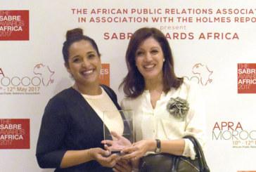 #Maymkench du Crédit du Maroc reçoit le prix Sabre
