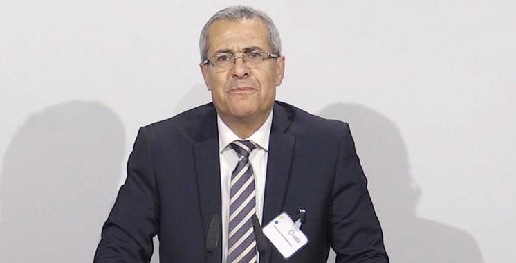 Fonction publique : Ben Abdelkader préside une réunion consacrée aux rapports de la Cour des comptes et du Médiateur