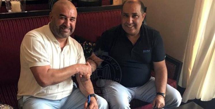 Botola : L'Algérien Abdelhak Benchikha, nouvel entraîneur du Raja de Casablanca