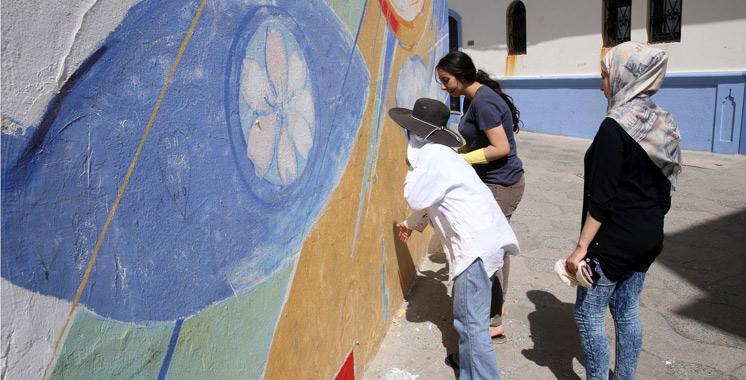 Asilah 17 artistes peintres marocains et trangers pour - Nouvelle peinture murale ...
