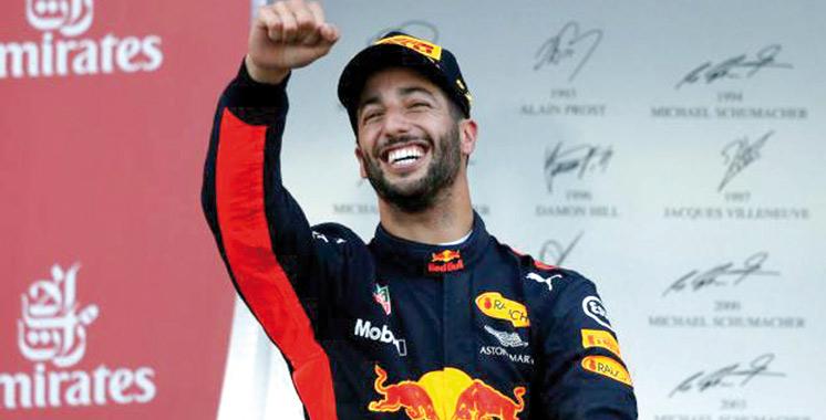 Grand Prix d'Azerbaïdjan: Ricciardo remporte une course folle