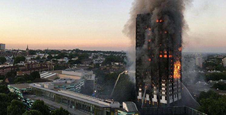 Incendie de Londres : le bilan s'alourdit  à 30 morts