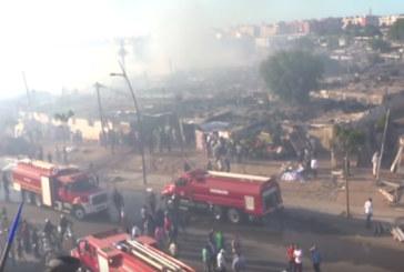 Vidéo : Un énorme incendie se déclare à «Souk Assalihine» à Salé
