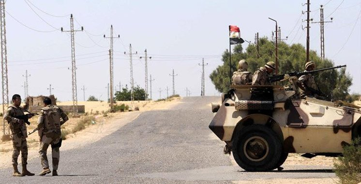 Egypte: quatre militaires tués dans une explosion dans le désert occidental