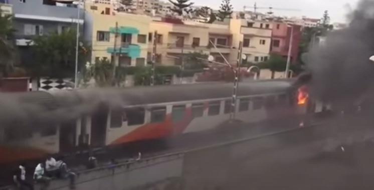 Vidéo : le feu a pris à bord d'un train à Casablanca