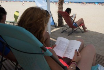 Biblio-plage à Agadir : Quand vacances et lecture font bon ménage