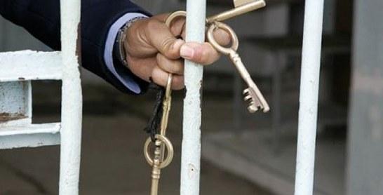 Trois escrocs écopent de 3 et 2 ans de prison ferme