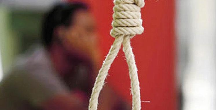 Un père de famille et une adolescente se suicident par pendaison
