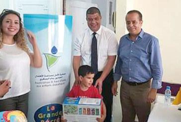 Distribution de jouets pour les enfants diabétiques de l'Association Al Amal