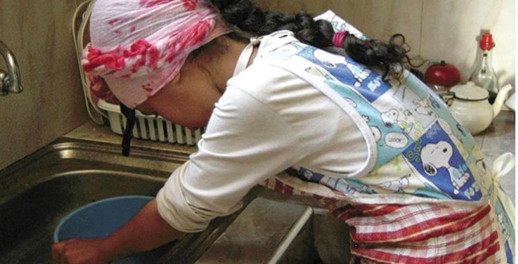 Fer à repasser, détergents… l'Exécutif liste les interdits aux domestiques de -18 ans
