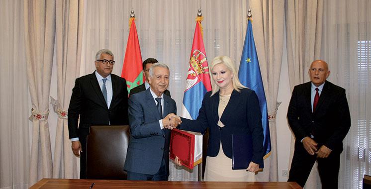 Transport aérien : Un accord de coopération signé entre le Maroc et la Serbie