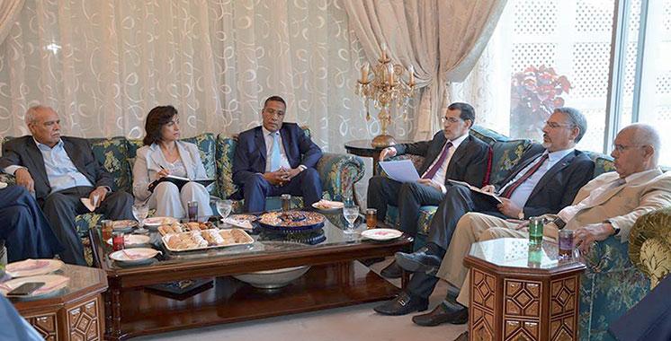 El Othmani reçoit les syndicats à la veille de la présentation du PLF 2018
