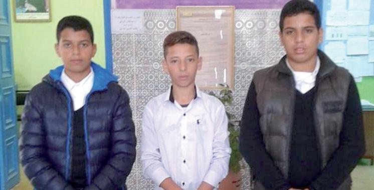 Asilah : L'honnêteté de trois élèves célébrée par leur collège