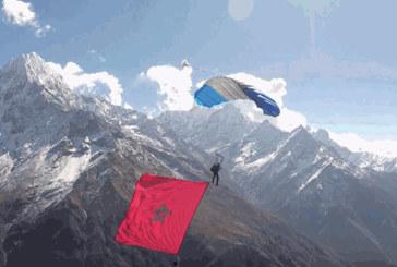 Célébration : Bekkali hisse le drapeau marocain sur l'Himalaya