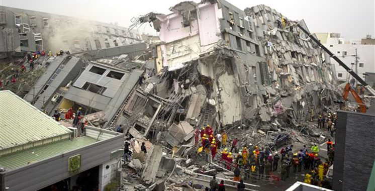 Iran : Le bilan du séisme s'alourdit à 445 morts