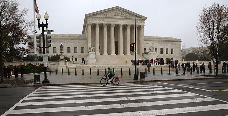 USA : La Cour suprême remet en vigueur le décret anti-immigration de Donald Trump