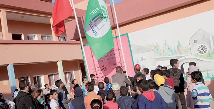Laâyoune : Le «Pavillon Vert» hissé dans deux établissements d'enseignement