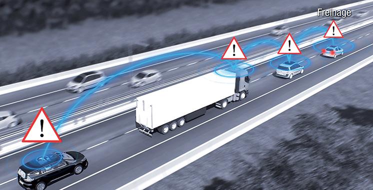 Sécurité sur les routes : Renault produit 1.000 Mégane équipées du protocole Scoop