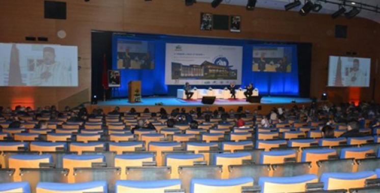 1er Forum «Sport et société» : La restructuration et le développement  du sport en débat